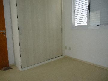 Alugar Apartamentos / Padrão em São José dos Campos R$ 1.100,00 - Foto 5
