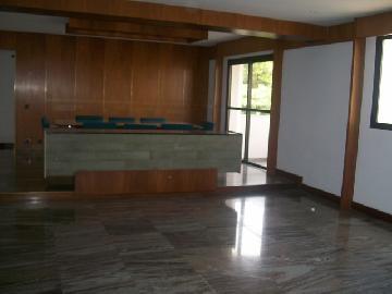 Alugar Apartamentos / Padrão em São José dos Campos. apenas R$ 1.700.000,00
