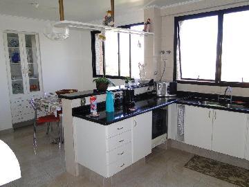 Comprar Apartamentos / Padrão em São José dos Campos apenas R$ 2.100.000,00 - Foto 3