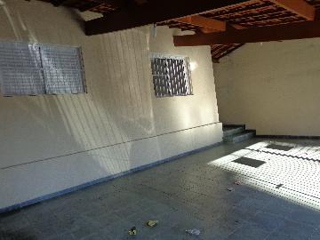 Alugar Casas / Padrão em São José dos Campos apenas R$ 1.300,00 - Foto 1