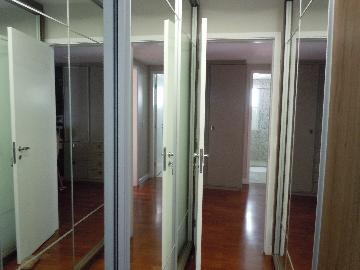 Comprar Apartamentos / Padrão em São José dos Campos apenas R$ 880.000,00 - Foto 11
