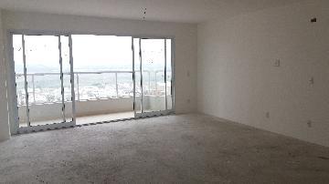 Comprar Apartamentos / Padrão em São José dos Campos - Foto 1