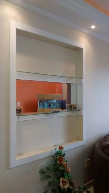 Comprar Apartamentos / Padrão em São José dos Campos apenas R$ 310.000,00 - Foto 2