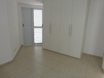 Alugar Apartamentos / Padrão em São José dos Campos R$ 2.800,00 - Foto 12