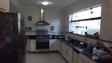 Comprar Casas / Padrão em São José dos Campos apenas R$ 1.200.000,00 - Foto 3