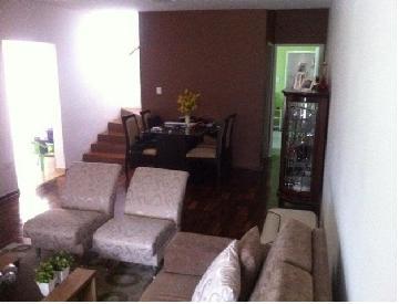 Comprar Casas / Padrão em São José dos Campos apenas R$ 430.000,00 - Foto 1