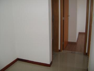 Alugar Apartamentos / Padrão em São José dos Campos R$ 1.200,00 - Foto 7