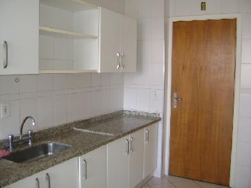 Alugar Apartamentos / Padrão em São José dos Campos R$ 1.400,00 - Foto 4