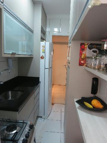 Comprar Apartamentos / Padrão em São José dos Campos apenas R$ 350.000,00 - Foto 8
