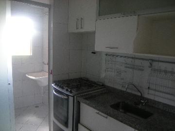Comprar Apartamentos / Padrão em São José dos Campos apenas R$ 300.000,00 - Foto 3