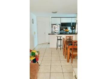 Comprar Apartamentos / Padrão em São José dos Campos apenas R$ 355.000,00 - Foto 4
