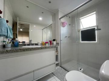 Comprar Apartamentos / Padrão em São José dos Campos R$ 880.000,00 - Foto 14
