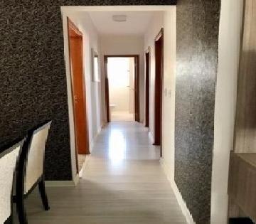 Comprar Apartamentos / Padrão em São José dos Campos apenas R$ 335.000,00 - Foto 7
