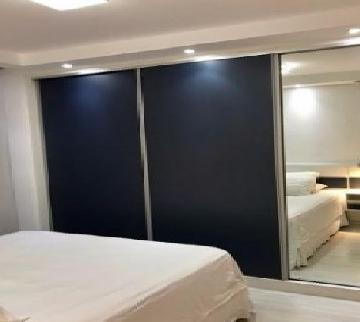 Comprar Apartamentos / Padrão em São José dos Campos apenas R$ 335.000,00 - Foto 12