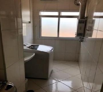 Comprar Apartamentos / Padrão em São José dos Campos apenas R$ 335.000,00 - Foto 14