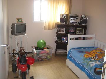 Comprar Apartamentos / Padrão em São José dos Campos apenas R$ 290.000,00 - Foto 6