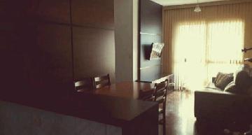 Comprar Apartamentos / Padrão em São José dos Campos apenas R$ 318.000,00 - Foto 1