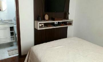 Comprar Apartamentos / Padrão em São José dos Campos apenas R$ 318.000,00 - Foto 12