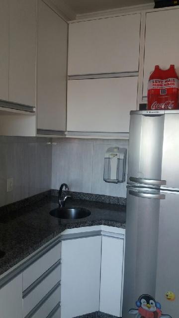 Comprar Apartamentos / Padrão em São José dos Campos apenas R$ 245.000,00 - Foto 9
