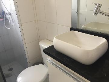 Comprar Apartamentos / Padrão em São José dos Campos apenas R$ 189.000,00 - Foto 6