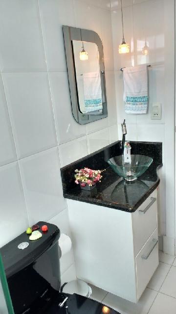 Comprar Apartamentos / Padrão em São José dos Campos apenas R$ 340.000,00 - Foto 19
