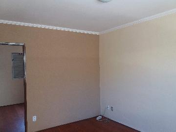 Comprar Apartamentos / Padrão em São José dos Campos apenas R$ 178.000,00 - Foto 2
