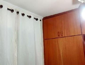 Comprar Apartamentos / Padrão em São José dos Campos apenas R$ 235.000,00 - Foto 10