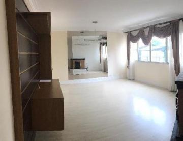 Comprar Apartamentos / Padrão em São José dos Campos apenas R$ 315.000,00 - Foto 1