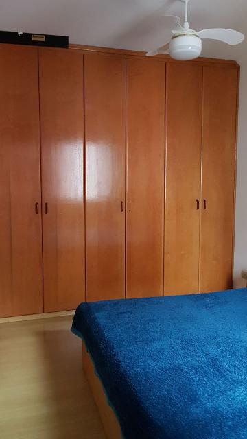 Comprar Apartamentos / Padrão em São José dos Campos apenas R$ 370.000,00 - Foto 6