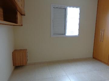 Comprar Apartamentos / Padrão em São José dos Campos apenas R$ 250.000,00 - Foto 12
