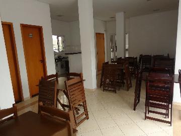 Comprar Apartamentos / Padrão em São José dos Campos apenas R$ 250.000,00 - Foto 17