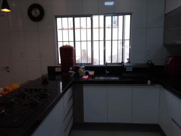 Comprar Casas / Padrão em São José dos Campos apenas R$ 370.000,00 - Foto 4