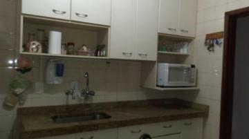 Comprar Apartamentos / Padrão em São José dos Campos apenas R$ 250.000,00 - Foto 6