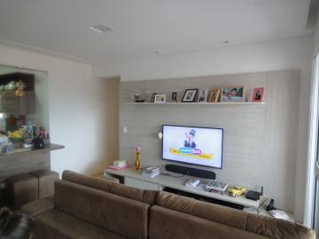 Alugar Apartamentos / Padrão em São José dos Campos apenas R$ 2.600,00 - Foto 1