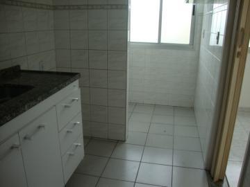 Alugar Apartamentos / Padrão em São José dos Campos apenas R$ 750,00 - Foto 3
