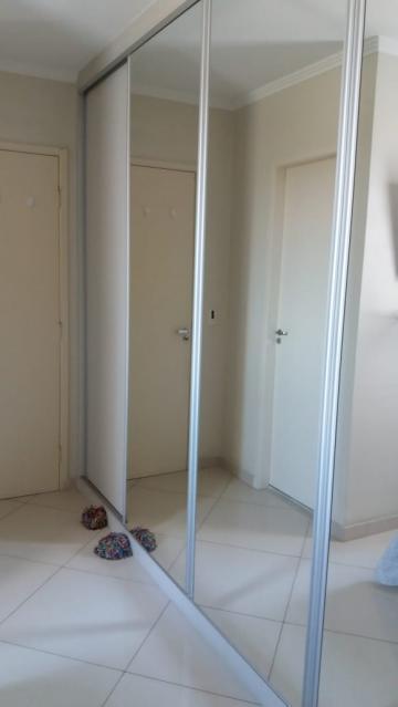 Comprar Apartamentos / Padrão em São José dos Campos apenas R$ 275.000,00 - Foto 11