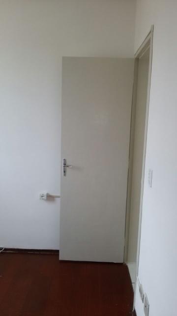 Comprar Apartamentos / Padrão em São José dos Campos apenas R$ 178.000,00 - Foto 5