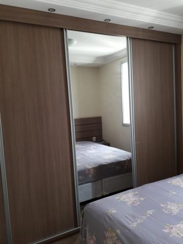Comprar Apartamentos / Padrão em São José dos Campos apenas R$ 380.000,00 - Foto 9