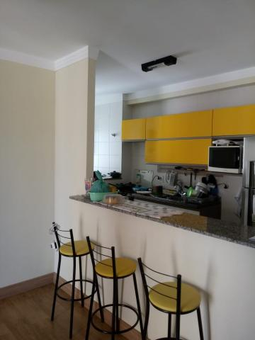 Comprar Apartamentos / Padrão em São José dos Campos apenas R$ 300.000,00 - Foto 2