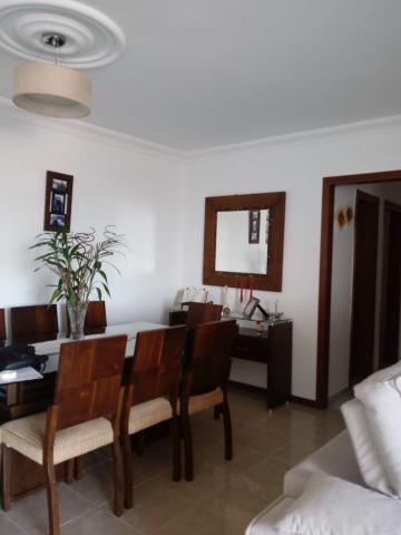 Comprar Apartamentos / Padrão em São José dos Campos apenas R$ 400.000,00 - Foto 2