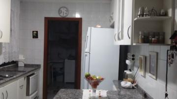 Comprar Apartamentos / Padrão em São José dos Campos apenas R$ 400.000,00 - Foto 7