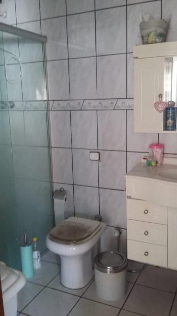 Comprar Casas / Padrão em São José dos Campos apenas R$ 400.000,00 - Foto 7