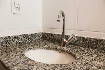 Comprar Apartamentos / Padrão em São José dos Campos apenas R$ 380.000,00 - Foto 12