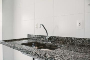 Comprar Apartamentos / Padrão em São José dos Campos apenas R$ 373.000,00 - Foto 4