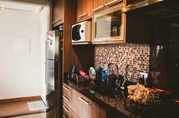 Comprar Apartamentos / Padrão em São José dos Campos apenas R$ 318.000,00 - Foto 10