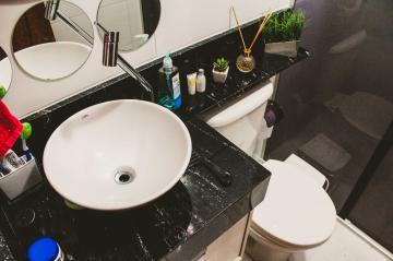 Comprar Apartamentos / Padrão em São José dos Campos apenas R$ 318.000,00 - Foto 22