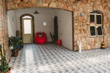 Comprar Casas / Padrão em São José dos Campos apenas R$ 550.000,00 - Foto 1