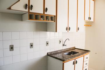 Comprar Apartamentos / Padrão em São José dos Campos apenas R$ 375.000,00 - Foto 4