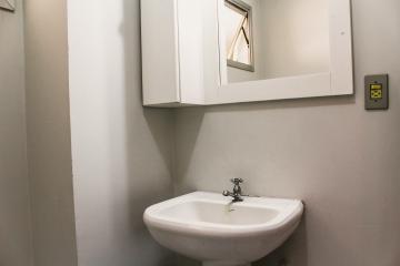 Comprar Apartamentos / Padrão em São José dos Campos apenas R$ 375.000,00 - Foto 18