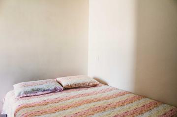 Comprar Apartamentos / Padrão em São José dos Campos apenas R$ 255.000,00 - Foto 16